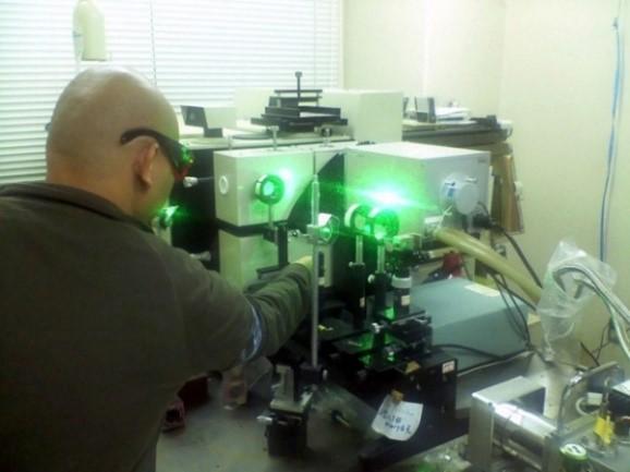 光物性・テラヘルツ工学研究室